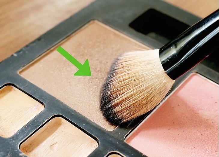 image_skincare_beauty_no_101_flawless_foundation_brush5