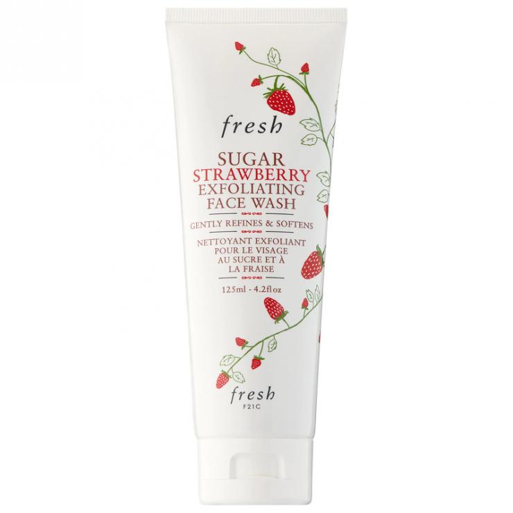 Sữa Rửa Mặt Tẩy Da Chết Fresh Sugar Strawberry Exfoliating Face Wash