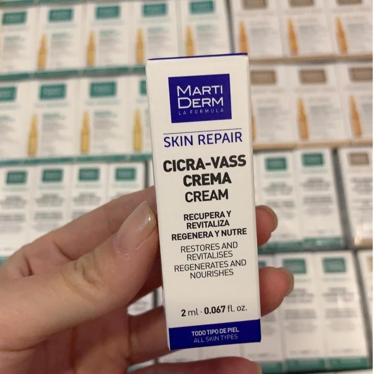 Kem Dưỡng B5 Giúp Tái Tạo & Phục Hồi Làn Da Tổn Thương MartiDerm Skin Repair Cicra Vass Cream
